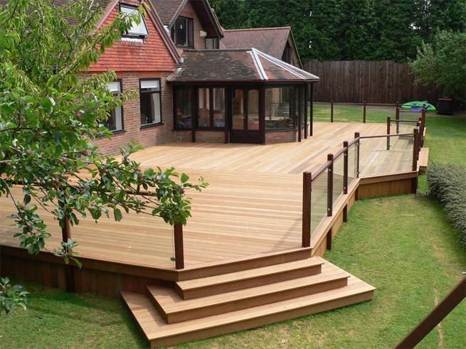 Sàn gỗ nhựa sân vườn